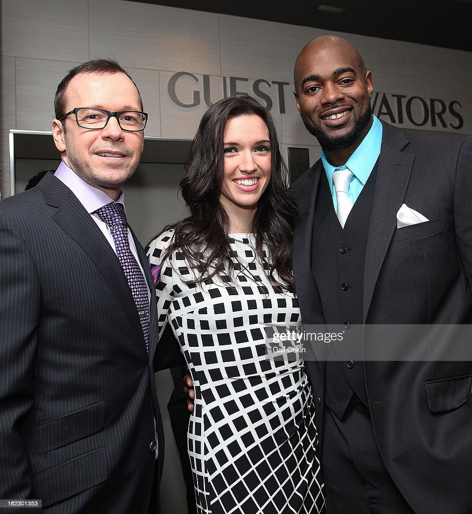 <a gi-track='captionPersonalityLinkClicked' href=/galleries/search?phrase=Donnie+Wahlberg&family=editorial&specificpeople=220537 ng-click='$event.stopPropagation()'>Donnie Wahlberg</a> (L) and Myles Lawton attend TNT's 'Boston's Finest' premiere screening at The Revere Hotel on February 20, 2013 in Boston, Massachusetts.