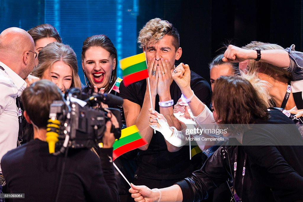 Donny Montell and his delegates form Lithuania celebrate qualifying for the final of the 2016 Eurovision Song Contest at Ericsson Globe Arena on May...