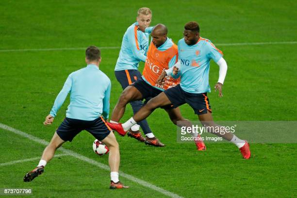 Donny van de Beek of Holland Ryan Babel of Holland Timothy Fosu Mensah of Holland during the match between Training Holland in Bucharest at the Arena...