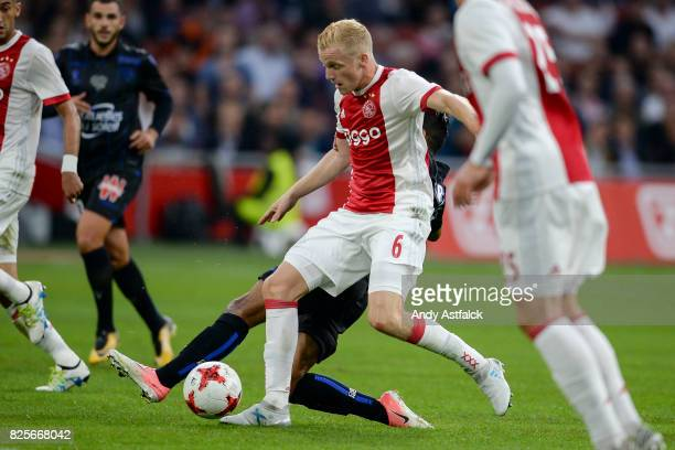 Donny van den Beek from AJAX during the UEFA Champions League Qualifying Third Round Second Leg match between AJAX Amsterdam and OSC Nice at...
