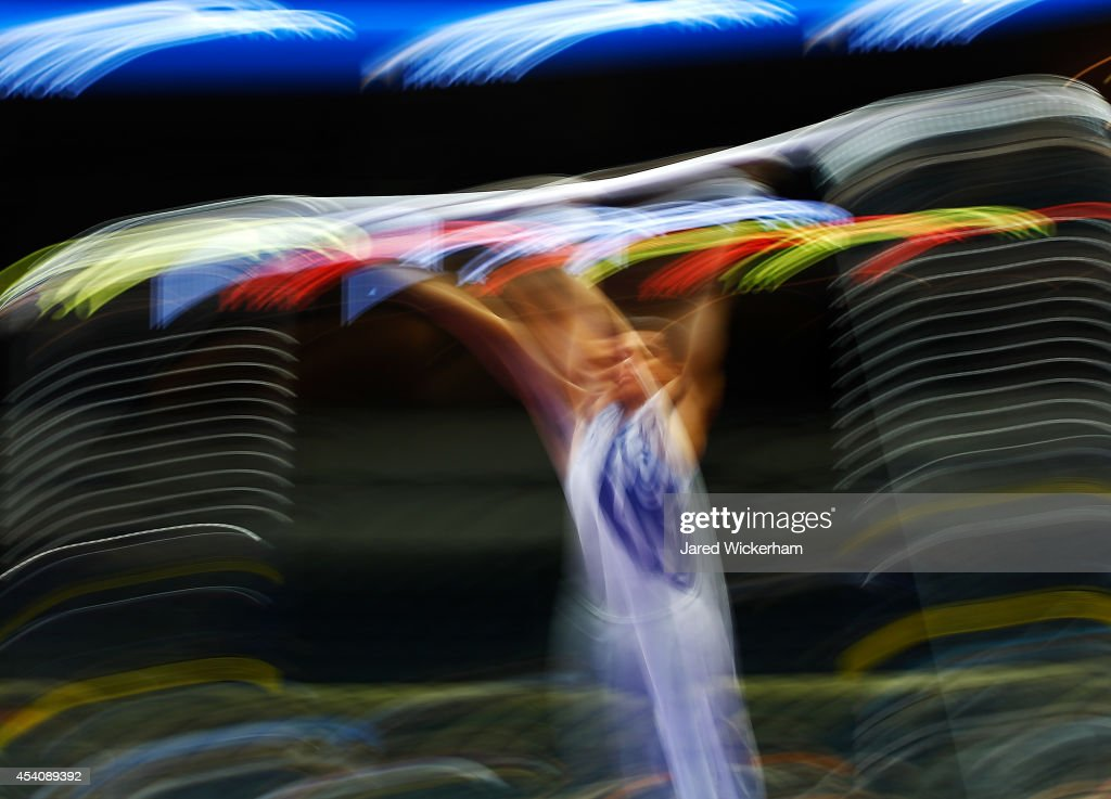 Donothan Bailey competes on the high bar in the senior men finals during the 2014 P&G Gymnastics Championships at Consol Energy Center on August 24, 2014 in Pittsburgh, Pennsylvania.