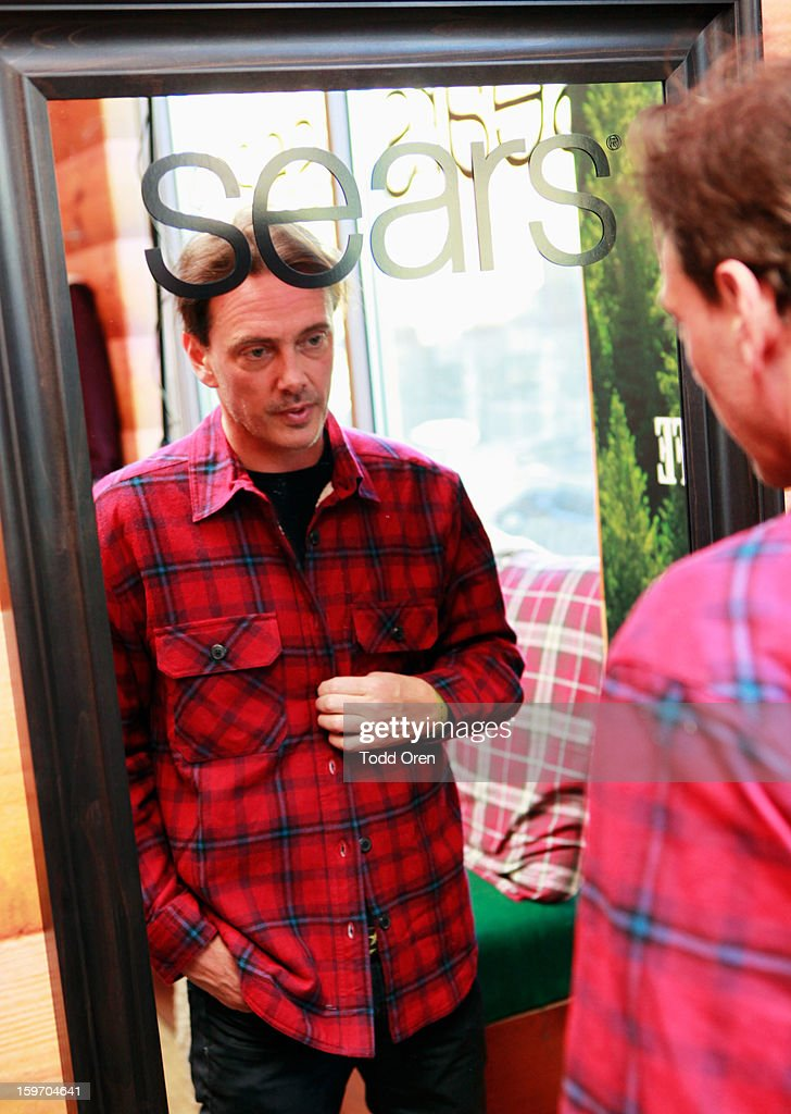 Donovan Leitch attends Sears Shop Your Way Digital Recharge Lounge on January 18, 2013 in Park City, Utah.
