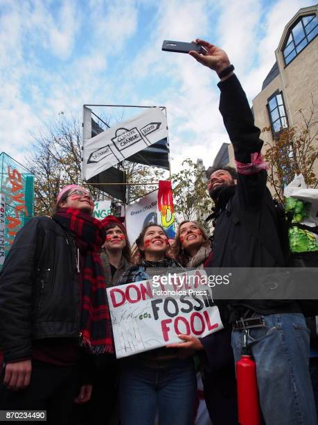 ' Don't be a fosssil fool' banner With the motto 'keep coal in the ground' thousands of activists took to the streets demanding Climate Justice two...