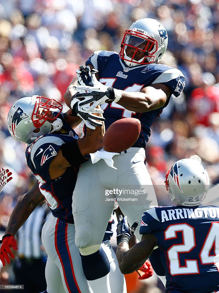 <a gi-track='captionPersonalityLinkClicked' href=/galleries/search?phrase=Dont%27a+Hightower&family=editorial&specificpeople=5514947 ng-click='$event.stopPropagation()'>Dont'a Hightower</a> #54 and <a gi-track='captionPersonalityLinkClicked' href=/galleries/search?phrase=Patrick+Chung&family=editorial&specificpeople=2242933 ng-click='$event.stopPropagation()'>Patrick Chung</a> #25 of the New England Patriots both attempt to catch a deflected pass before dropping it against the Arizona Cardinals during the game on September 16, 2012 at Gillette Stadium in Foxboro, Massachusetts.