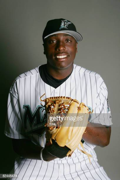 Dontrelle Willis of the Florida Marlins poses during the Florida Marlins Portrait Day on February 26 2005 at Roger Dean Stadium in Jupiter Florida