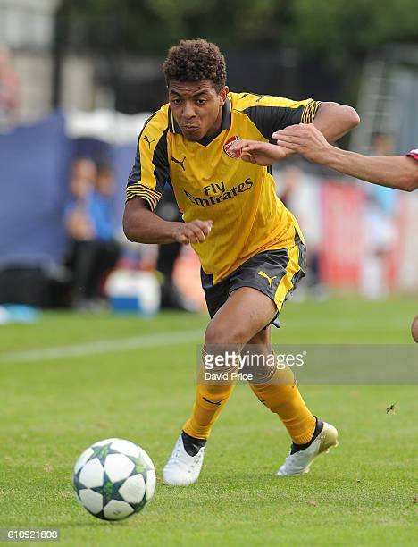 Donyell Malen of Arsenal during the UEFA Champions League match between Arsenal FC and FC Basel 1893 at Meadow Park on September 28 2016 in...