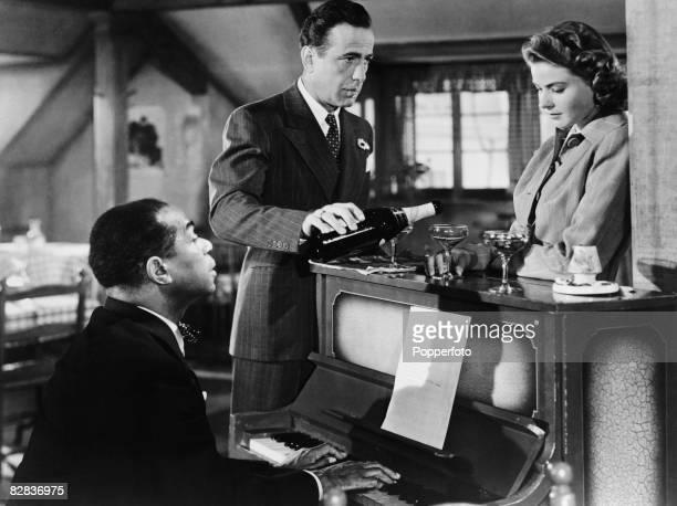 Dooley Wilson Humphrey Bogart and Ingrid Bergman star in the Warner Brothers film 'Casablanca' 1942