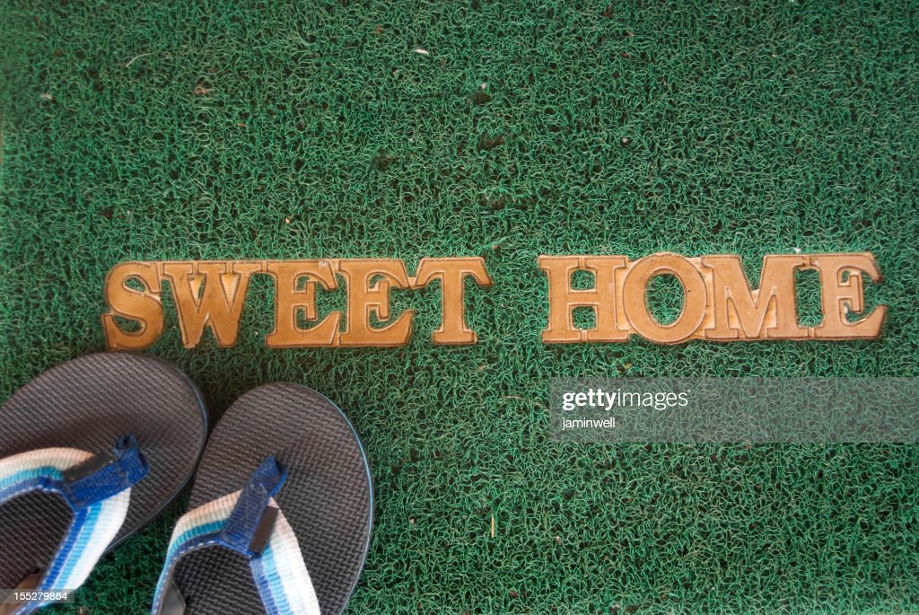 Doormat With Sweet Home Word And Slippers