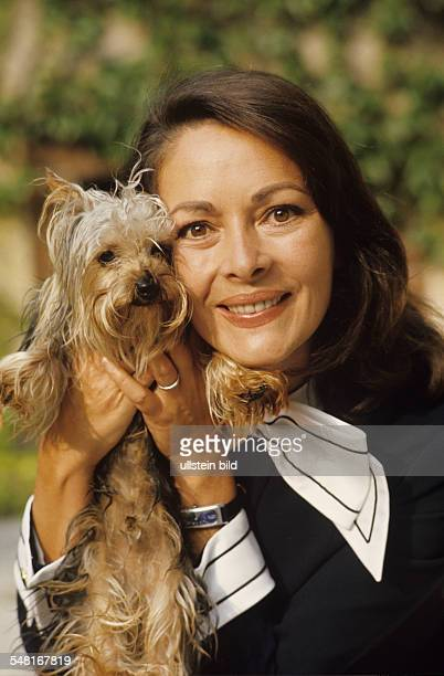 Dor Karin Actress Germany portrait with dog 1974