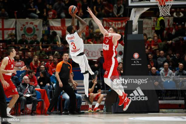 Dorell Wright shoots a layup during a game of Turkish Airlines EuroLeague basketball between AX Armani Exchange Milan vs Brose Bamberg at Mediolanum...