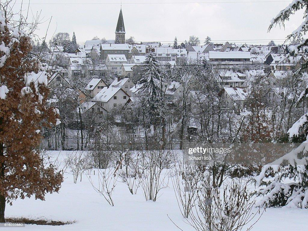 Dorf im Winter : Bildbanksbilder