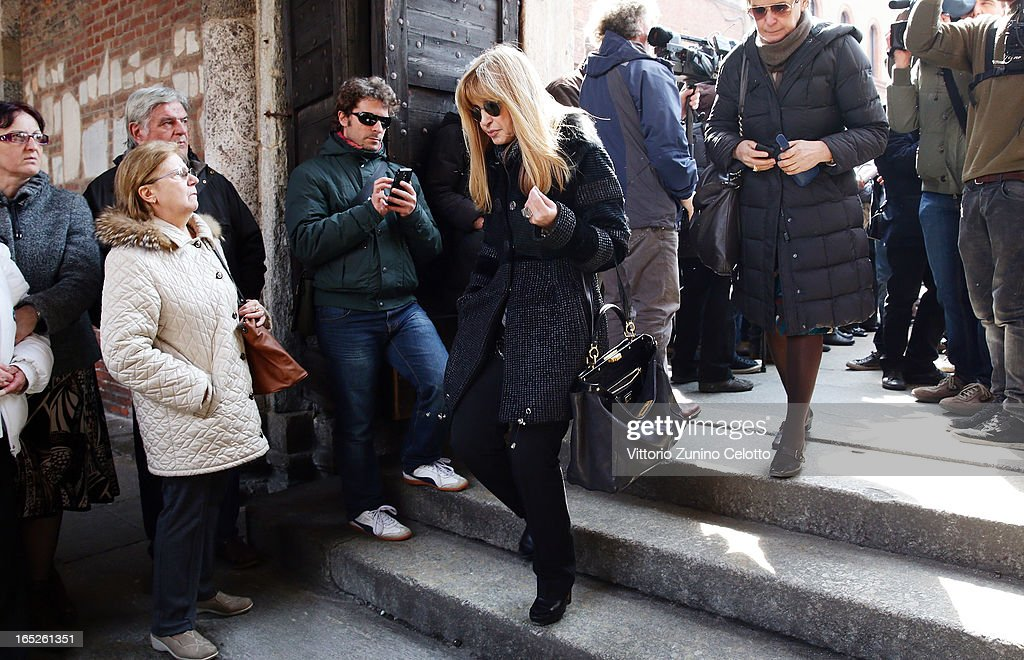 Dori Ghezzi attends the funeral of Singer Enzo Jannacci at Basilica di Sant'Ambrogio on April 2, 2013 in Milan, Italy.