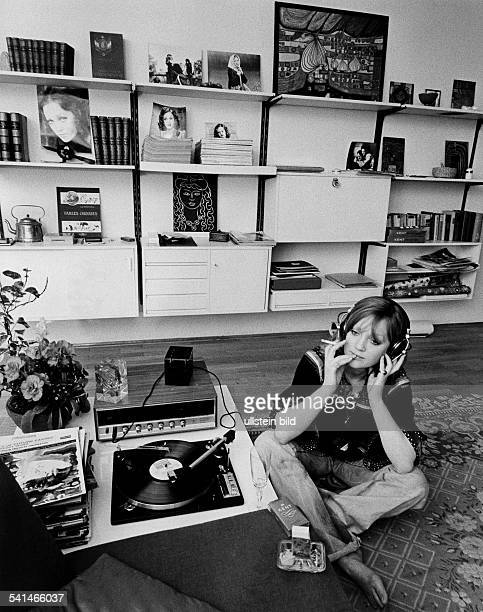 Doris Kunstmann * actress Germany at home listening to music 1973