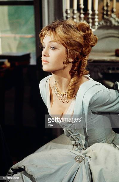 Doris Kunstmann in the role of Andrée de Taverney on the shooting of the fiction 'Joseph Balsamo'