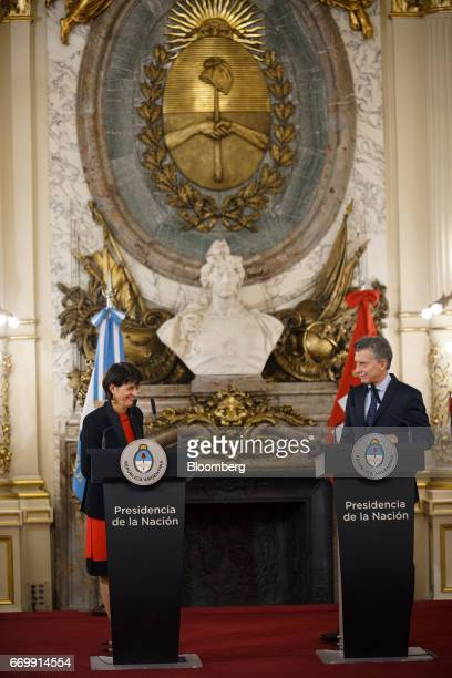 Doris Leuthard Switzerland's president left and Mauricio Macri Argentina's president smile during a joint press conference at the Presidential Palace...