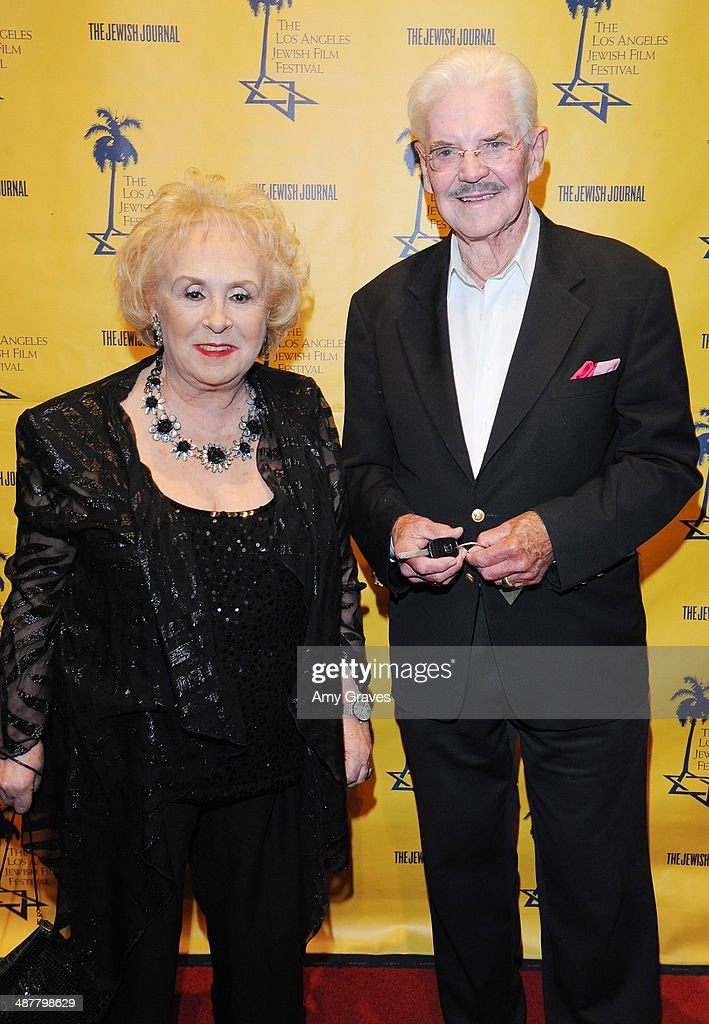 <a gi-track='captionPersonalityLinkClicked' href=/galleries/search?phrase=Doris+Roberts&family=editorial&specificpeople=209247 ng-click='$event.stopPropagation()'>Doris Roberts</a> and Jack Betts attend the Opening Night Gala of the LA Jewish Film Festival Honoring Carl Reiner on May 1, 2014 in Los Angeles, California.