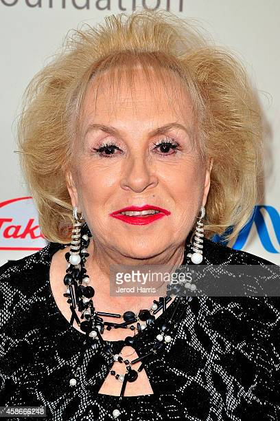 Doris Roberts attends the International Myeloma Foundation 8th annual comedy celebration 'Celebrity Autobiography' at the Wilshire Ebell Theatre on...
