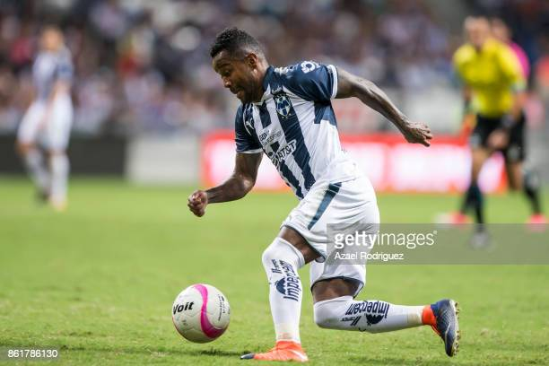 Dorlan Pabon of Monterrey drives the ball during the 13th round match between Monterrey and Pachuca as part of the Torneo Apertura 2017 Liga MX at...