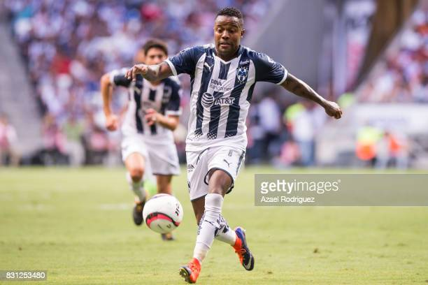 Dorlan Pabon of Monterrey drives the ball during the 4th round match between Monterrey and Chivas as part of the Torneo Apertura 2017 Liga MX at BBVA...