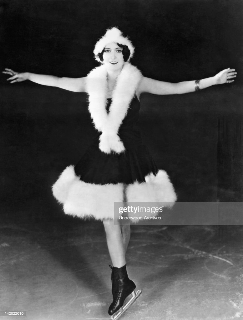 Dorothy Sebastian is known as a fancy skater and a hockey player in the celebrity world of Hollywood, Hollywood, California, late 1920s or early 1930s.
