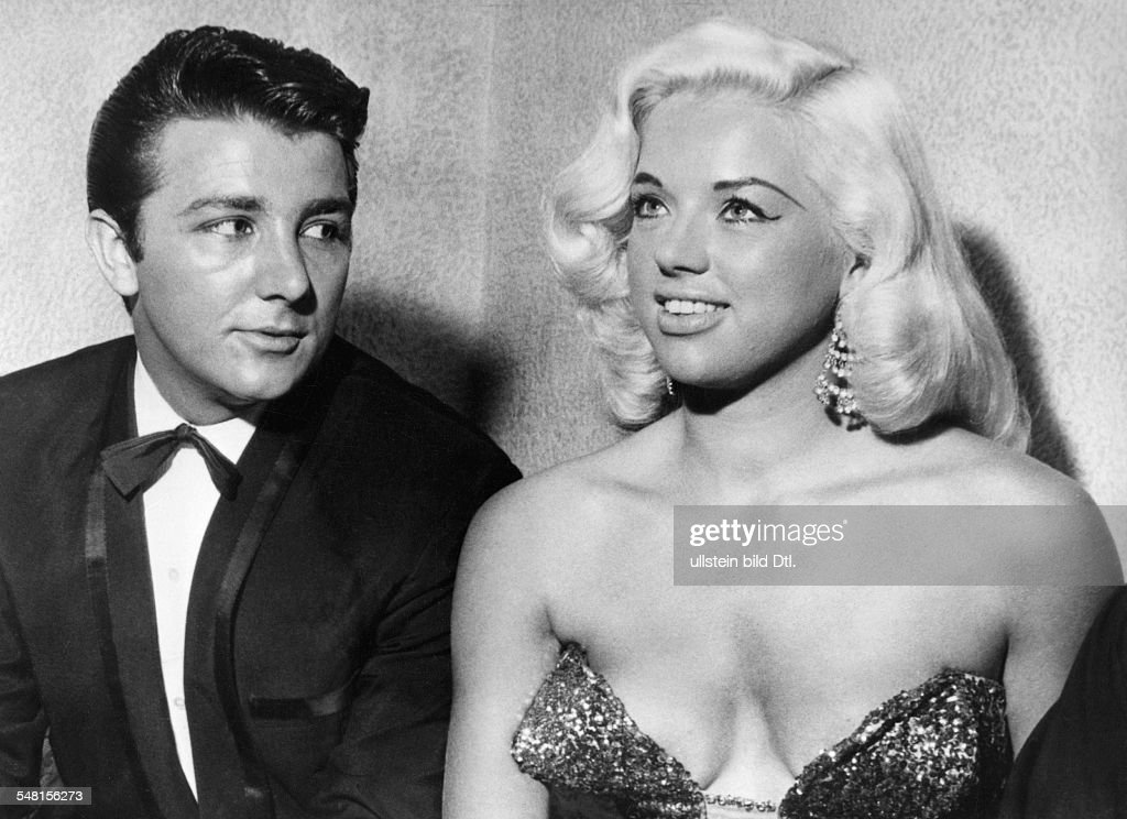 diana dors getty images