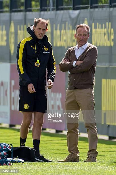 Dortmund Germany Training BV Borussia Dortmund BVB Trainer Thomas Tuchel und CEO / Geschaeftsfuehrer HansJoachim Watzke