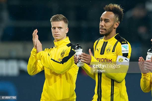 Dortmund Germany 1Bundesliga 7 Spieltag BV Borussia Dortmund Hertha BSC Berlin 11 Dzenis Burnic und PierreEmerick Aubameyang nach dem 11