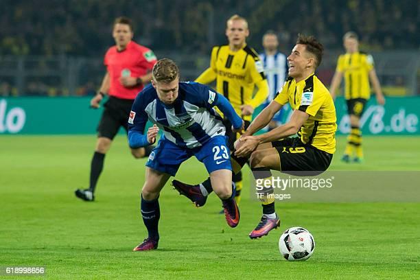 Dortmund Germany 1Bundesliga 7 Spieltag BV Borussia Dortmund Hertha BSC Berlin 11 Mitchell Weiser gegen Emre Mor