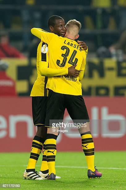 Dortmund Germany DFBPokal 2 Runde BV Borussia Dortmund 1FC Union Berlin Adrian Ramos und Jacob Bruun Larsen jubelt nach dem treffer zum 10