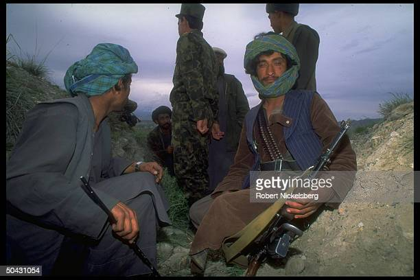 Dostamled Uzbek militia allied w interim govt in internecine war w dissident mujahedin of Hekmatyar's HezbiIslami on hill above Kabul
