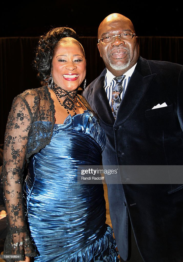 Dottie Peoples and Bishop T.D. Jakes attend the 28th Annual Stellar Awards Press Room at Grand Ole Opry House on January 19, 2013 in Nashville, Tennessee.