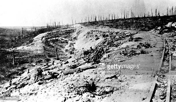the death ravine between the Fortresses of Douaumont and Vaux France World War I Vincennes War Museum