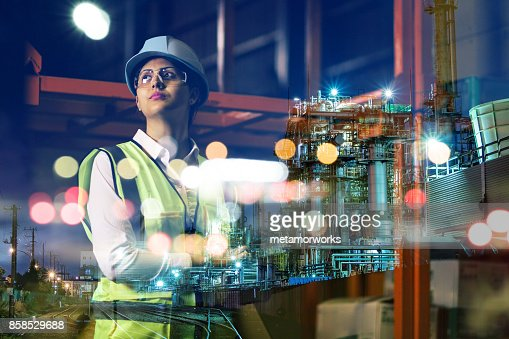 double exposure of woman labor and factory exterior. industrial technology concept. : Foto stock