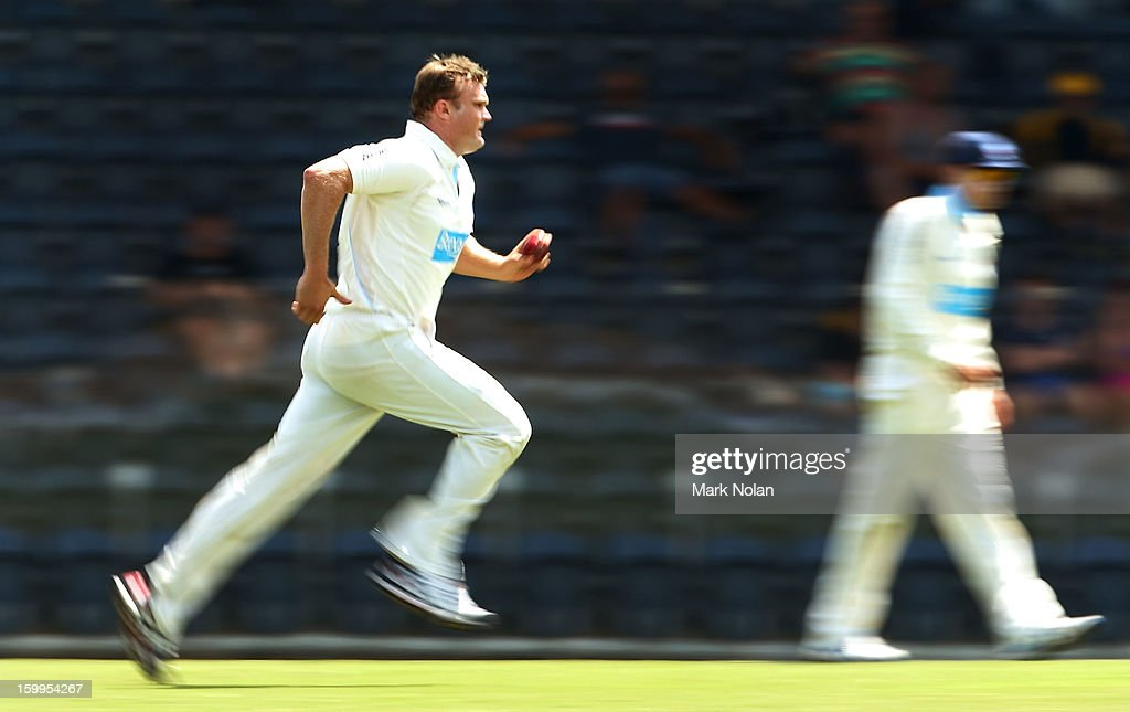 <a gi-track='captionPersonalityLinkClicked' href=/galleries/search?phrase=Doug+Bollinger+-+Cricket+Player&family=editorial&specificpeople=724794 ng-click='$event.stopPropagation()'>Doug Bollinger</a> of the Blues runs in to bowl during day one of the Sheffield Shield match between the New South Wales Blues and the Western Australia Warriors at Blacktown International Sportspark on January 24, 2013 in Sydney, Australia.