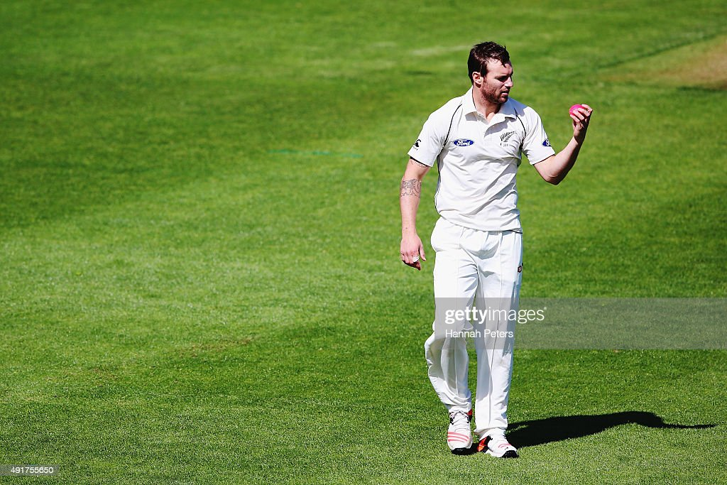 <a gi-track='captionPersonalityLinkClicked' href=/galleries/search?phrase=Doug+Bracewell&family=editorial&specificpeople=6680321 ng-click='$event.stopPropagation()'>Doug Bracewell</a> looks at the new pink cricket ball during a New Zealand cricket training session at Seddon Park on October 8, 2015 in Hamilton, New Zealand. The new pink ball will be used during the upcoming test series against Australia.