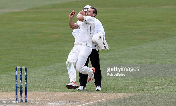 Doug Bracewell of New Zealand bowls during day five of the First Test match between New Zealand and Sri Lanka at University Oval on December 14 2015...