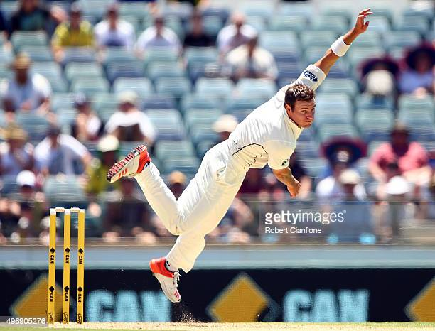 Doug Bracewell of New Zealand bowls during day one of the second Test match between Australia and New Zealand at the WACA on November 13 2015 in...