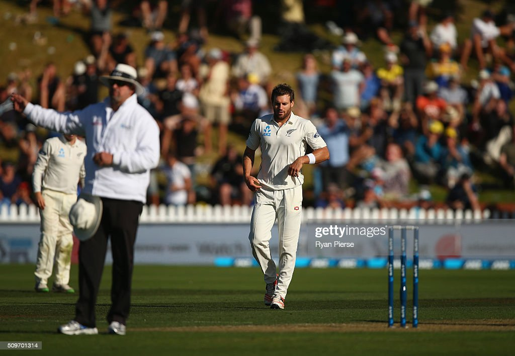<a gi-track='captionPersonalityLinkClicked' href=/galleries/search?phrase=Doug+Bracewell&family=editorial&specificpeople=6680321 ng-click='$event.stopPropagation()'>Doug Bracewell</a> of New Zealand reacts after Umpire Richard Illingworth calles a no ball as he bowled Adam Voges of Australia during day one of the Test match between New Zealand and Australia at Basin Reserve on February 12, 2016 in Wellington, New Zealand.