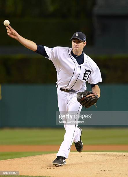 Doug Fister of the Detroit Tigers pitches during Game Four of the American League Championship Series against the Boston Red Sox at Comerica Park on...