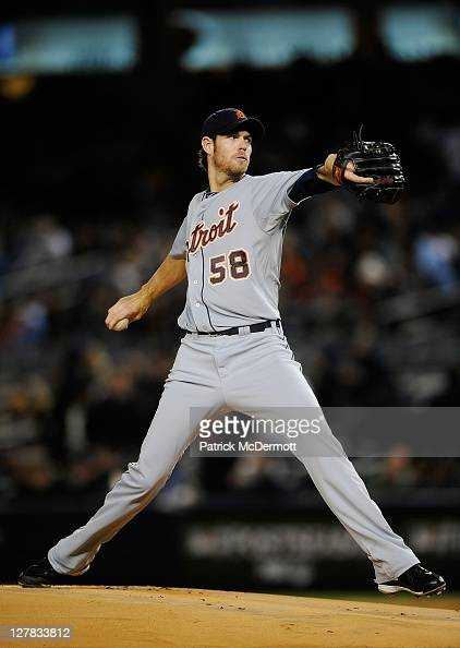 Doug Fister of the Detroit Tigers throws a pitch in the second inning against the New York Yankees during Game One of the American League Division...