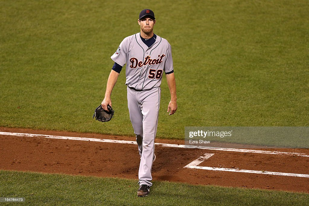 Doug Fister #58 of the Detroit Tigers walks back to the dugout after he was taken out of the game in the seventh inning against the San Francisco Giants during Game Two of the Major League Baseball World Series at AT&T Park on October 25, 2012 in San Francisco, California.