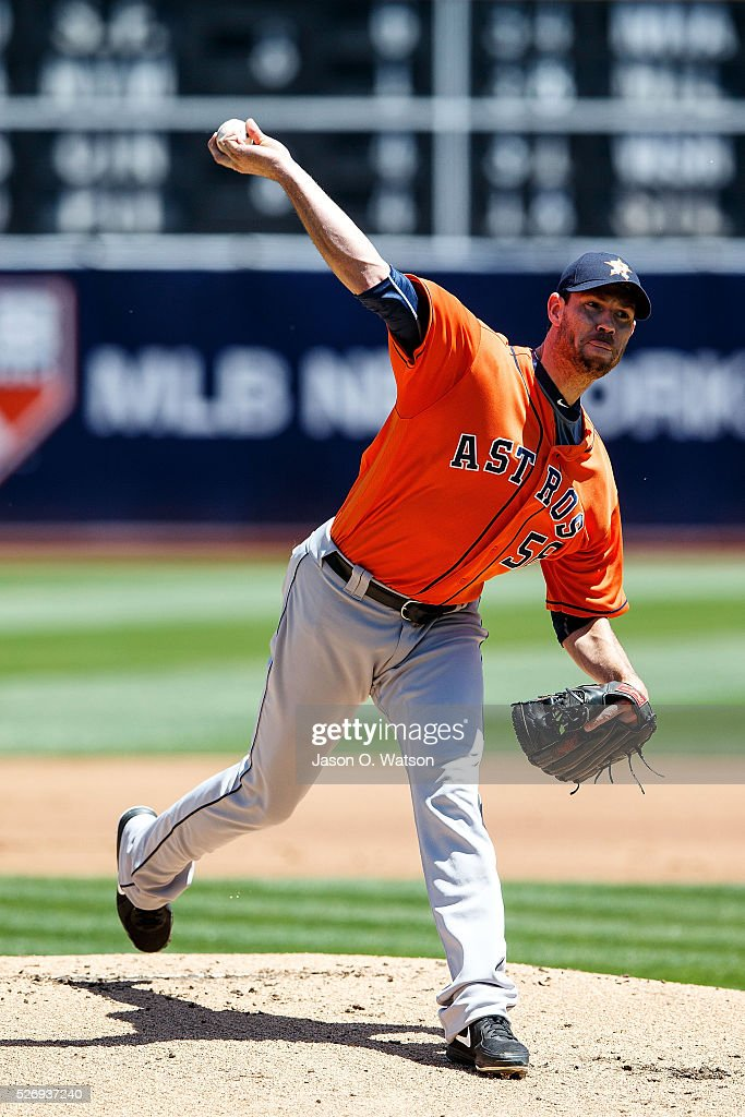 Doug Fister #58 of the Houston Astros pitches against the Oakland Athletics during the first inning at the Oakland Coliseum on May 1, 2016 in Oakland, California.