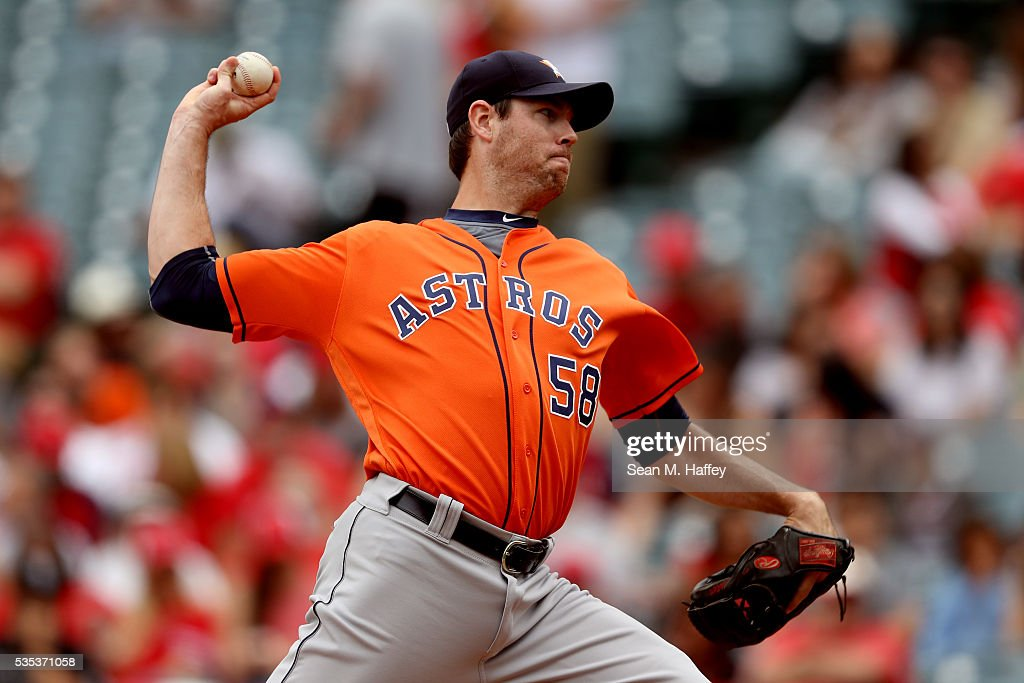Doug Fister #58 of the Houston Astros pitches during the first inning of a baseball game between the Los Angeles Angels of Anaheim and the Houston Astros at Angel Stadium of Anaheim on May 29, 2016 in Anaheim, California.