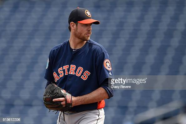 Doug Fister of the Houston Astros throws a pitch during a spring training game against the Philadelphia Phillies at Bright House Field on March 3...