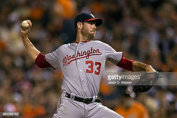 Doug Fister of the Washington Nationals pitches against the San Francisco Giants during the fifth inning at ATT Park on August 14 2015 in San...