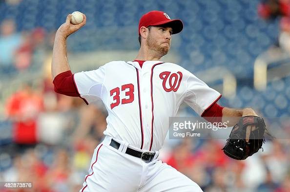Doug Fister of the Washington Nationals pitches in the first inning against the Arizona Diamondbacks at Nationals Park on August 3 2015 in Washington...