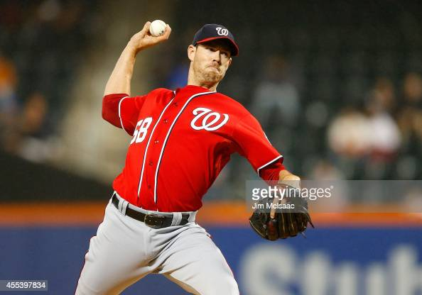Doug Fister of the Washington Nationals pitches in the third inning against the New York Mets at Citi Field on September 13 2014 in the Flushing...
