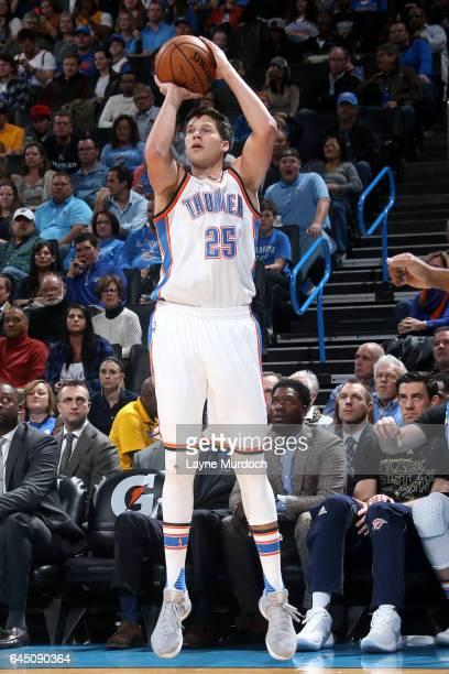Doug McDermott of the Oklahoma City Thunder shoots the ball during the game against the Los Angeles Lakers on February 24 2017 at Chesapeake Energy...