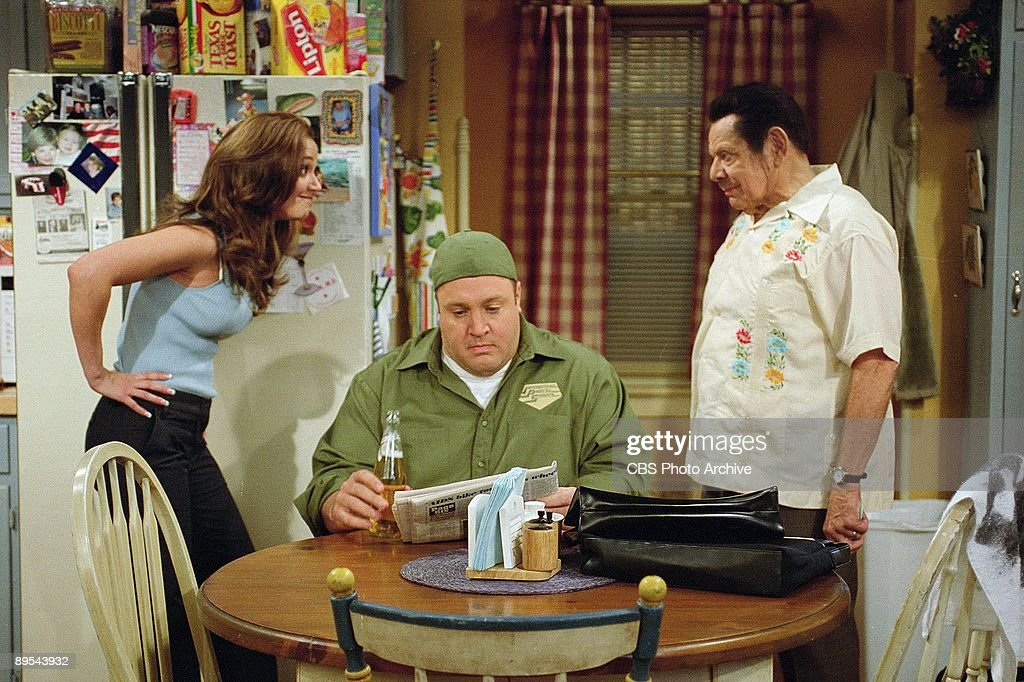 Doug (Kevin James, center) tries to ignore a heated argument between Carrie (Leah Remini) and Arthur (Jerry Stiller, right), when the two discuss why Arthur decided to dye his hair black, on the season finale of The King of Queens, scheduled to air on the CBS Television Network.