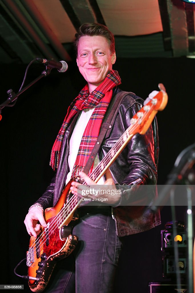 Dougie Payne of Travis performs songs from the new album 'Everything At Once' at HMV Oxford Street on April 30, 2016 in London, England.